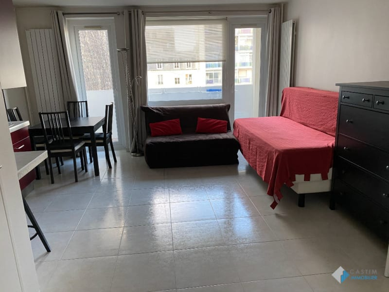 Location appartement Paris 14ème 1 100€ CC - Photo 3