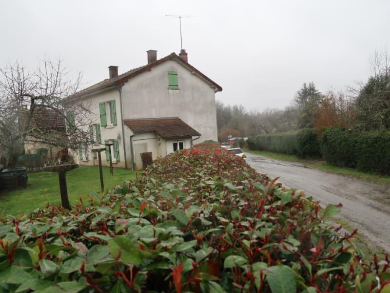 Vente maison / villa Saint julien le petit 99500€ - Photo 12