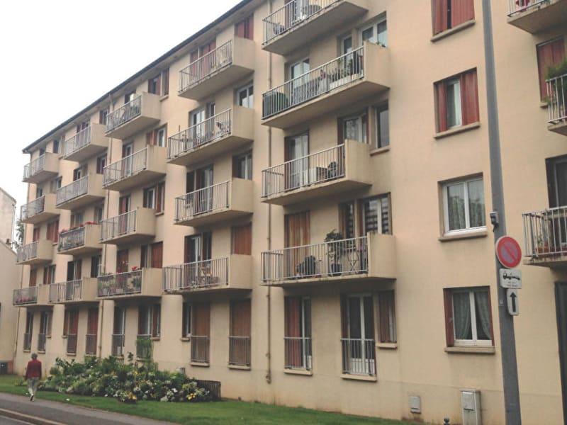 Location appartement Chaville 961€ CC - Photo 1