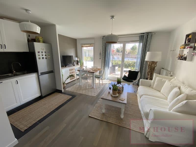 Sale apartment Bagneux 385000€ - Picture 2