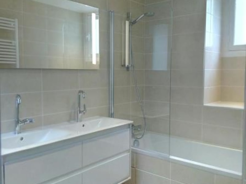 Rental apartment Paris 17ème 2851,02€ CC - Picture 4