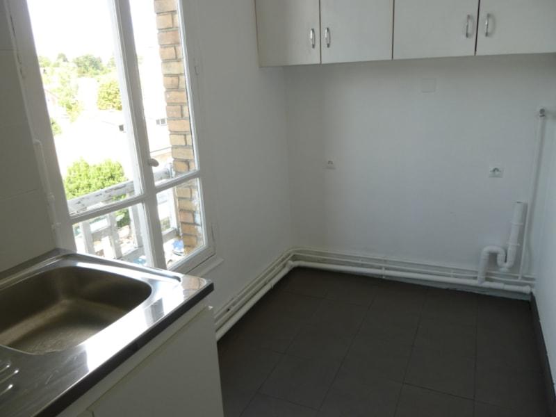 Rental apartment Vaucresson 812€ CC - Picture 3
