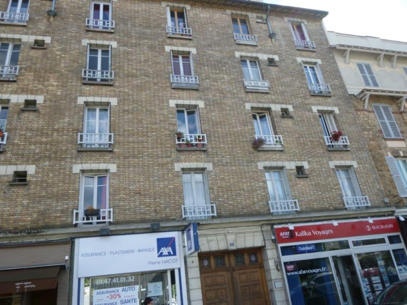 Rental apartment Vaucresson 812€ CC - Picture 4