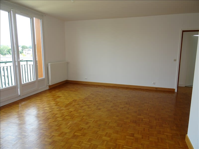 Rental apartment Marly le roi 1 400€ CC - Picture 1
