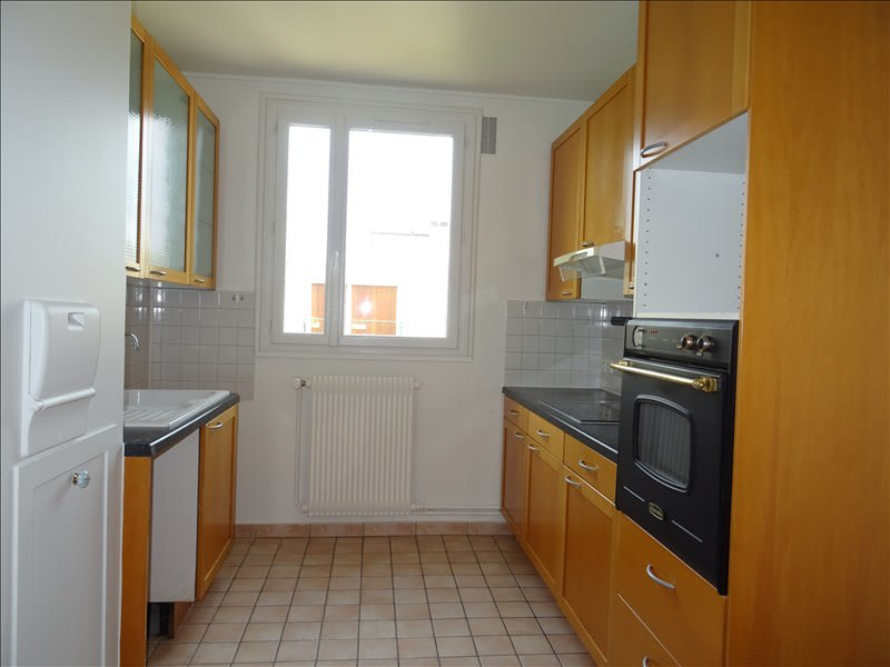 Rental apartment Marly le roi 1 400€ CC - Picture 2