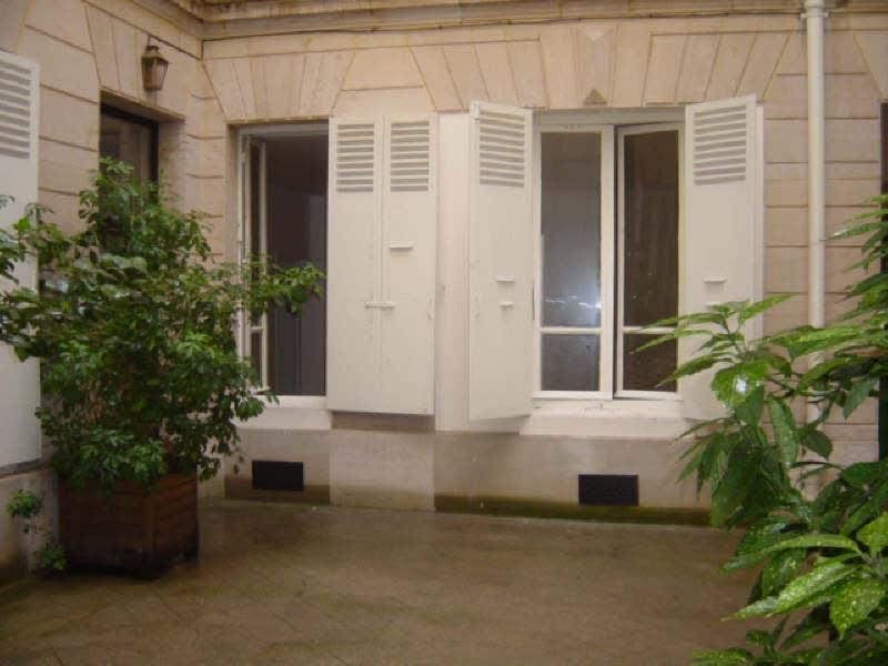 Location appartement Paris 7ème 1200€ CC - Photo 10