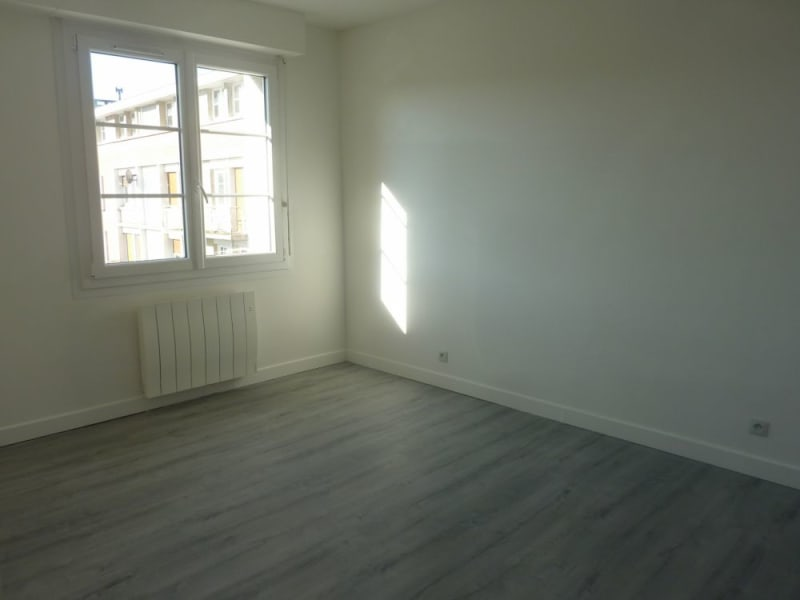 Location appartement Lisieux 456€ CC - Photo 3