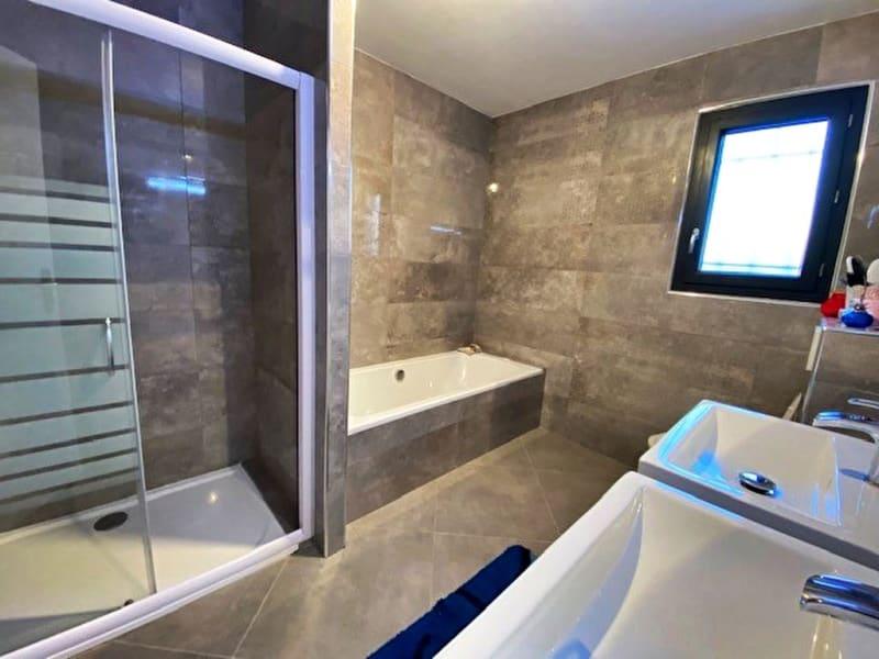 Sale house / villa Capestang 410000€ - Picture 7