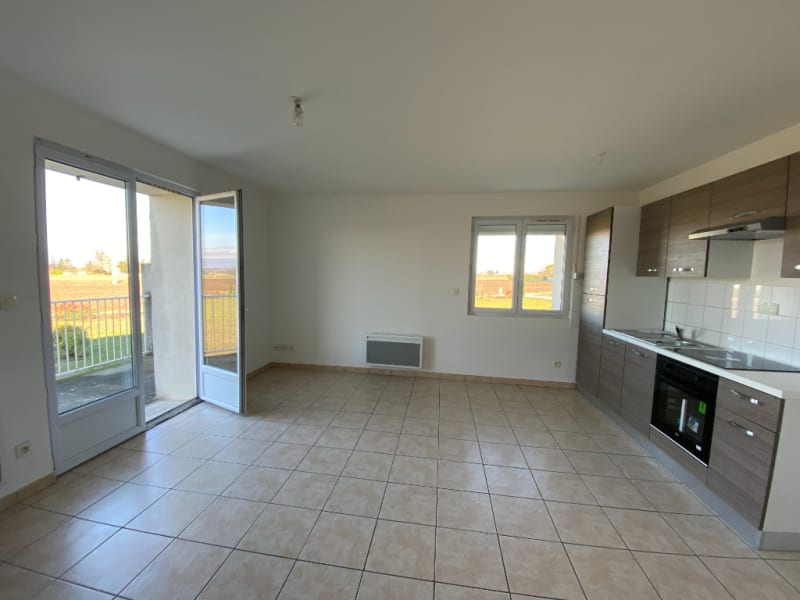 Rental apartment Chabeuil 595€ CC - Picture 2