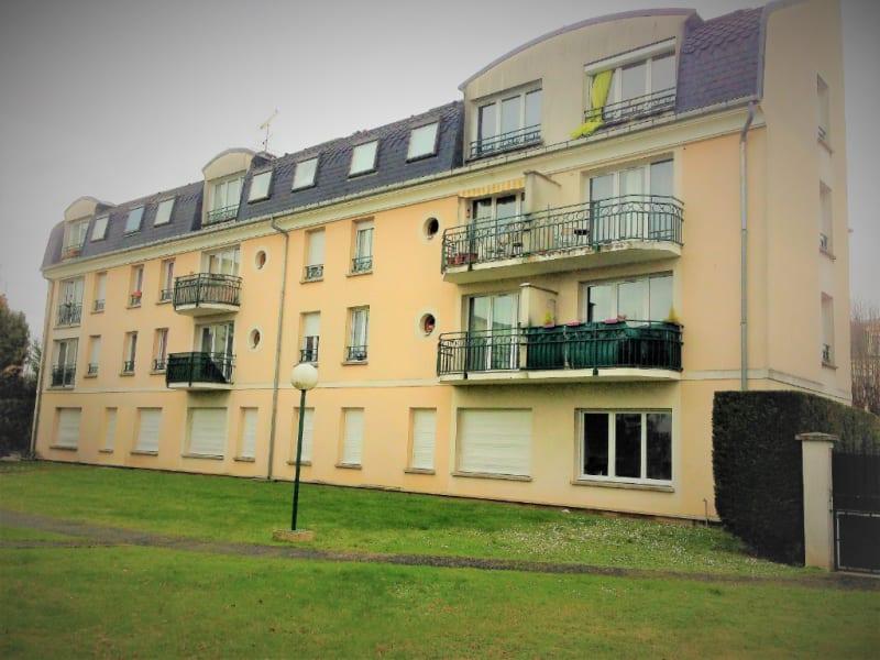 Rental apartment Taverny 557€ CC - Picture 1