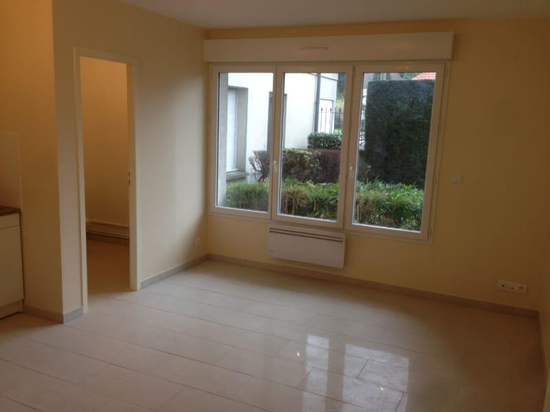 Rental apartment Taverny 557€ CC - Picture 2