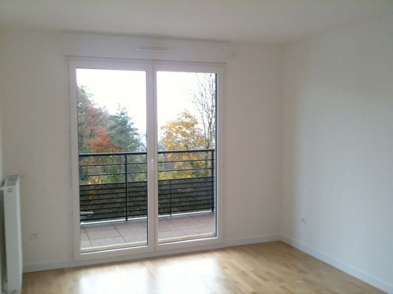 Rental apartment Palaiseau 774€ CC - Picture 1