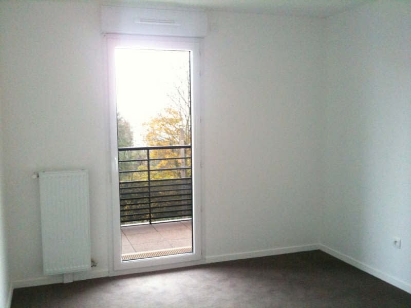 Rental apartment Palaiseau 774€ CC - Picture 2