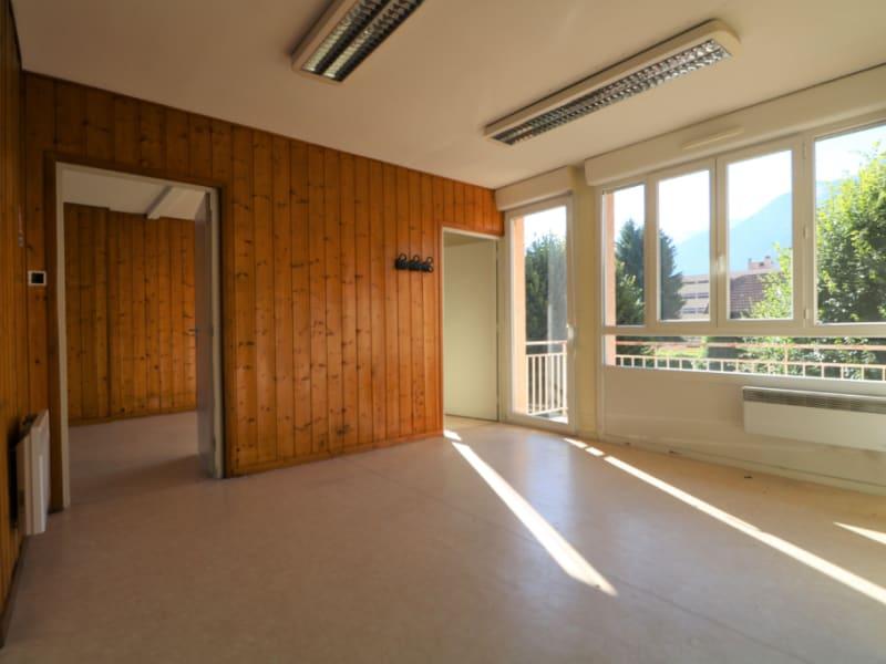 Sale apartment Bonneville 128000€ - Picture 2