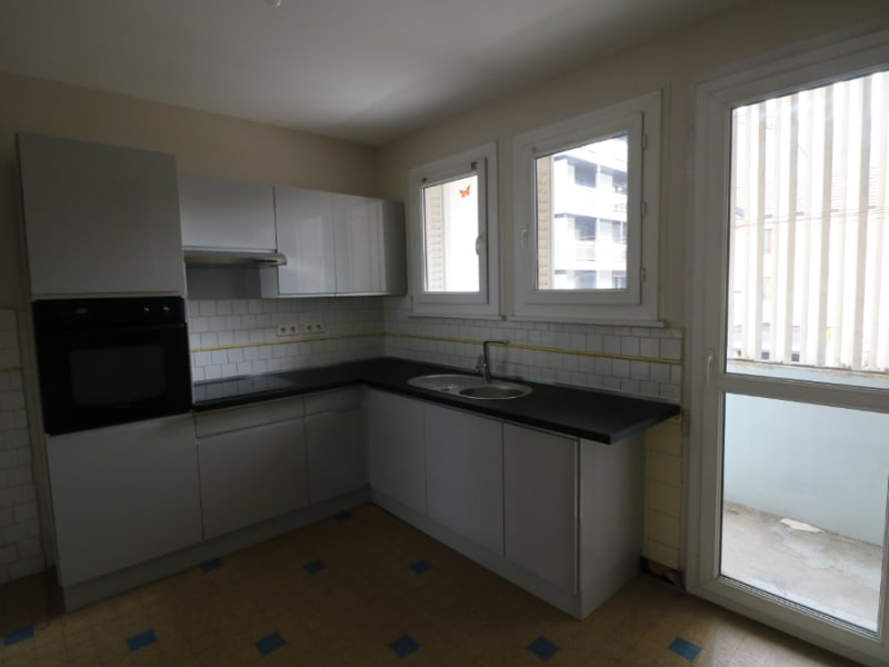 Location appartement Bonneville 750€ CC - Photo 2