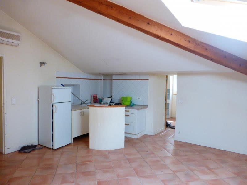Rental apartment Puyricard 620€ CC - Picture 2
