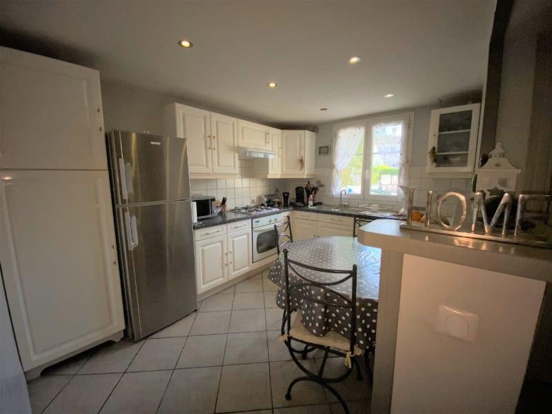 Sale house / villa Lesigny 295000€ - Picture 3
