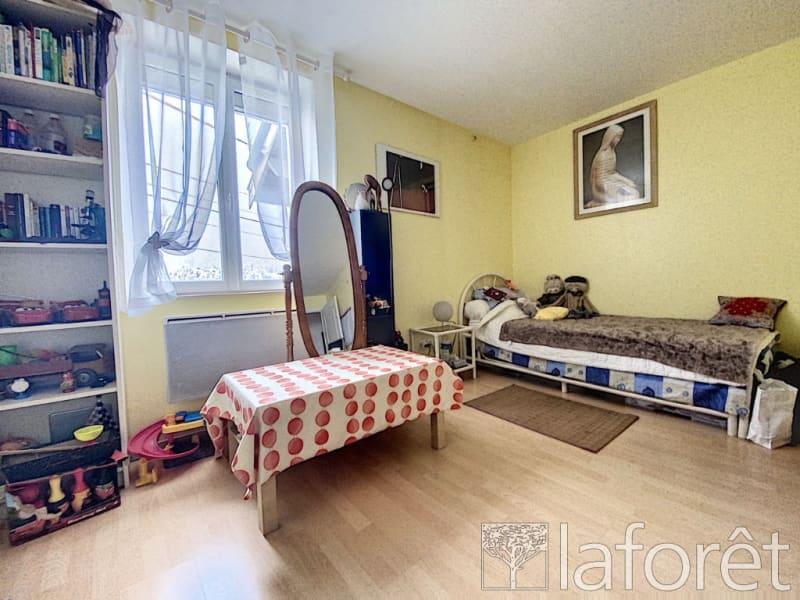 Sale house / villa Le grand lemps 263000€ - Picture 9