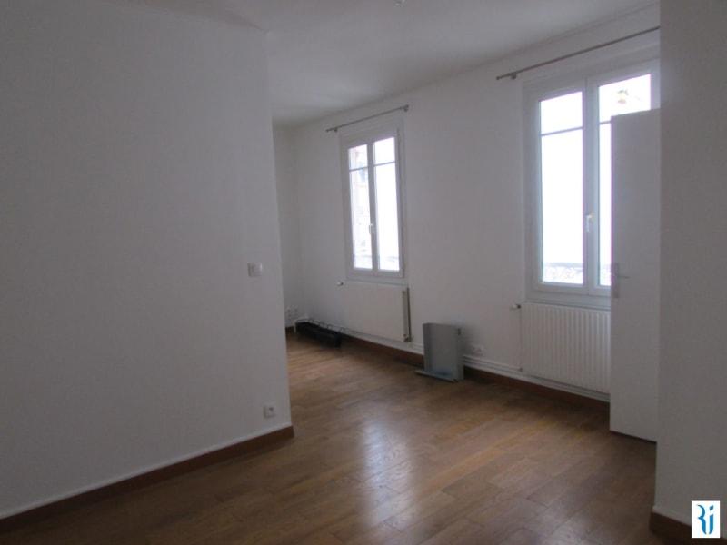 Rental apartment Rouen 633€ CC - Picture 1