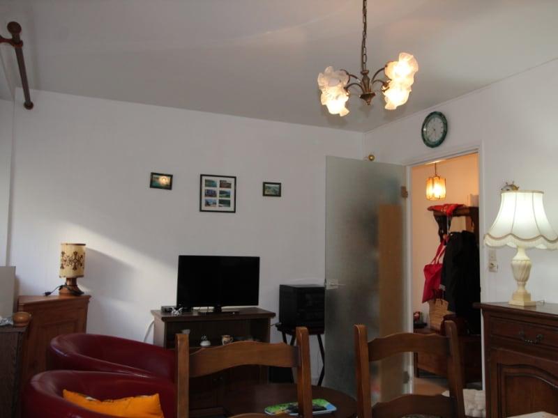 Sale apartment Le palais 151000€ - Picture 4