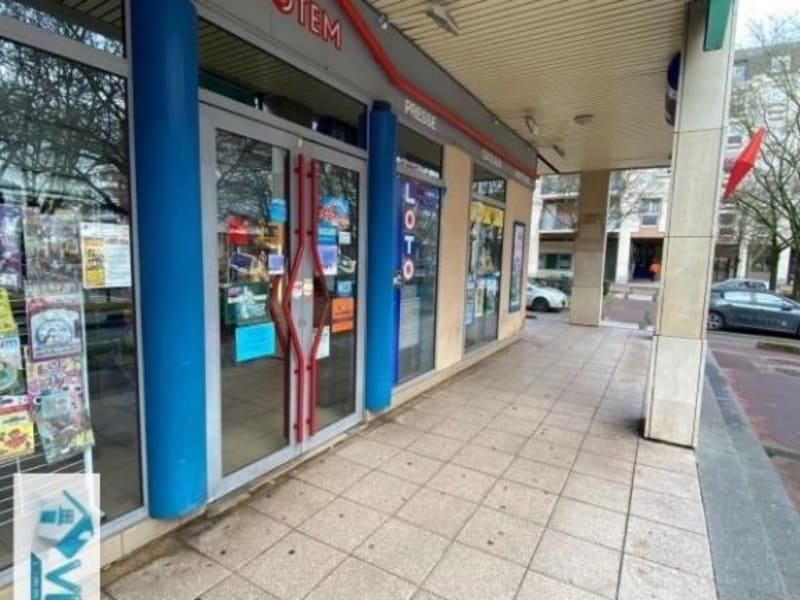 Commercial property sale shop Creteil 296800€ - Picture 2