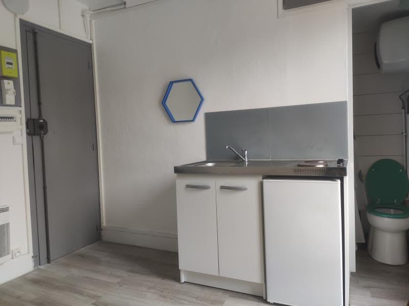 Rental apartment Paris 19ème 500€ CC - Picture 2
