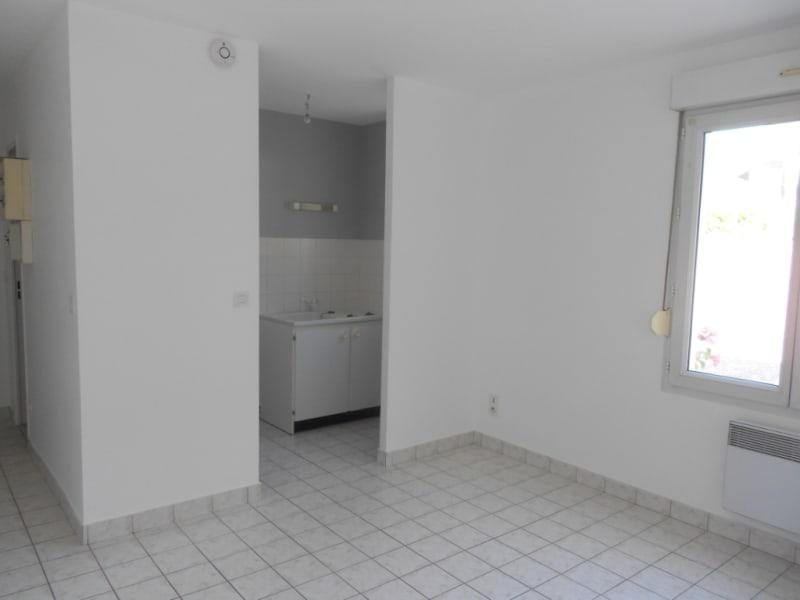 Alquiler  apartamento Vendôme 290€ CC - Fotografía 1