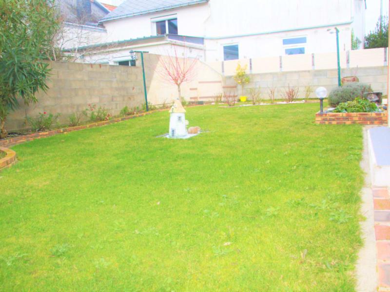 Sale house / villa Nantes 430500€ - Picture 10