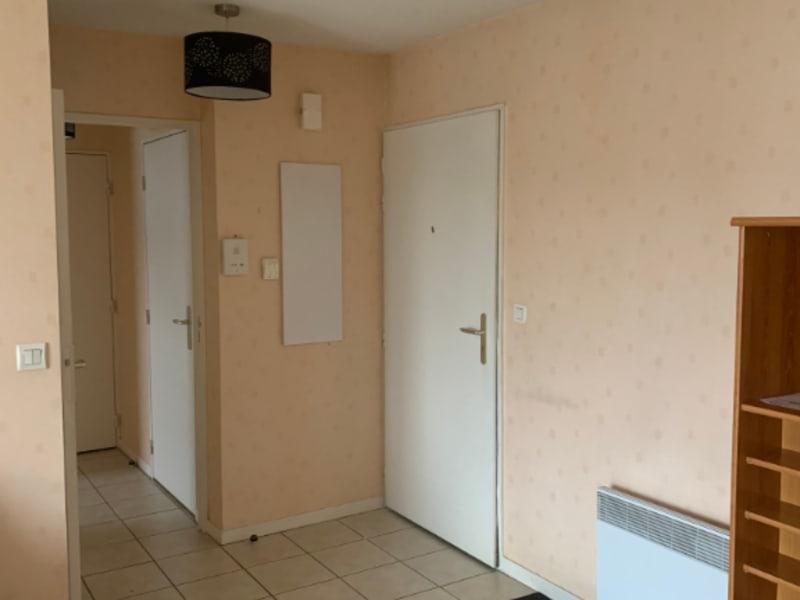 Rental apartment Saint quentin 485€ CC - Picture 2