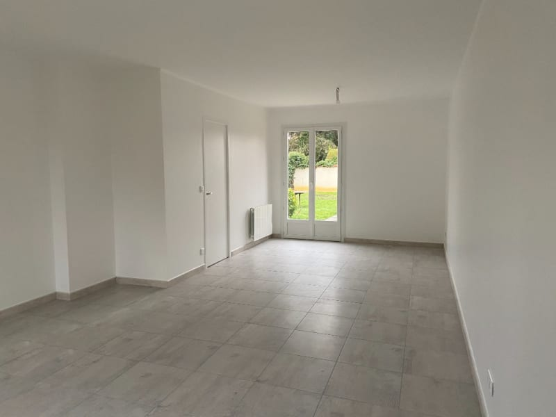 Location maison / villa Pontault combault 1 620€ CC - Photo 3