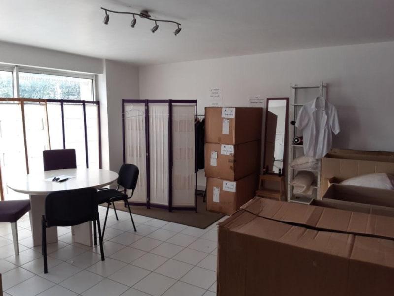 Vente local commercial Pleuven 86350€ - Photo 3