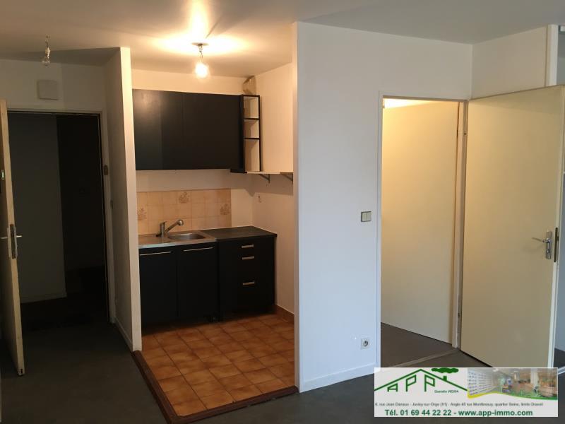 Rental apartment Draveil 582,60€ CC - Picture 3