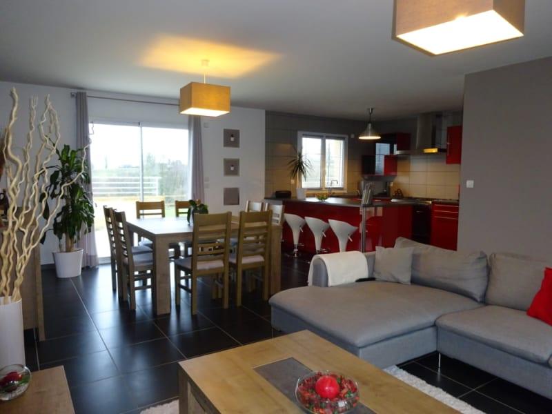 Sale house / villa Necy 265000€ - Picture 1