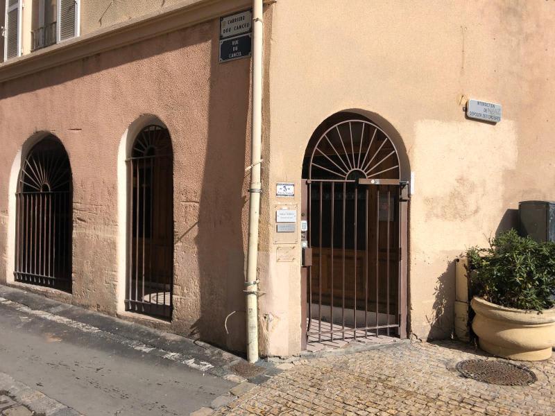 Rental apartment Aix en provence 670€ CC - Picture 1