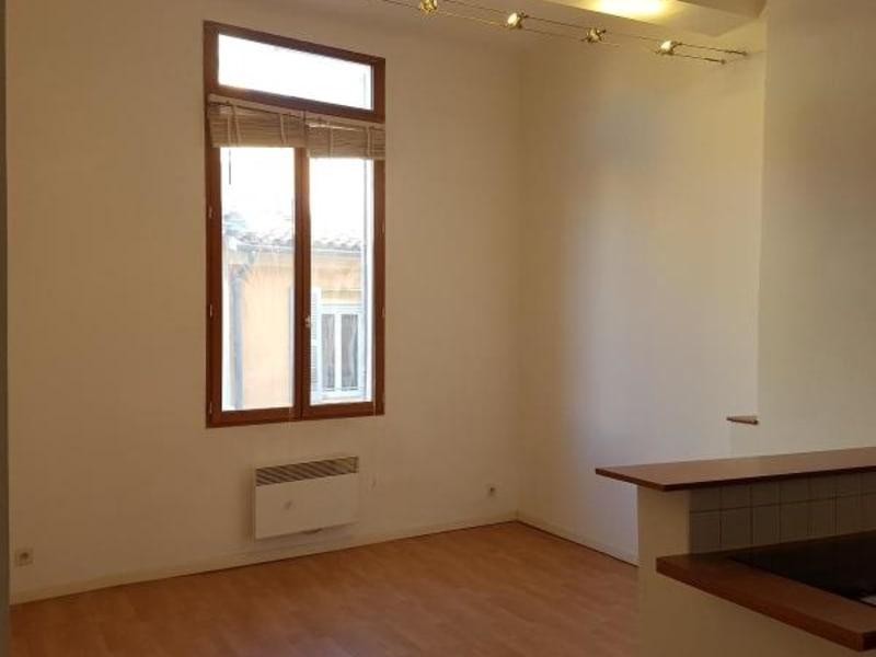 Rental apartment Aix en provence 774€ CC - Picture 1