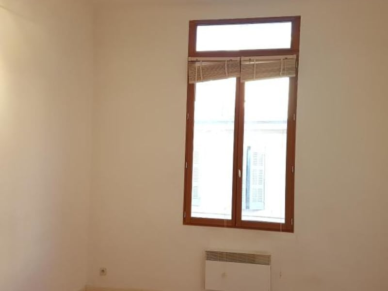Rental apartment Aix en provence 807€ CC - Picture 2