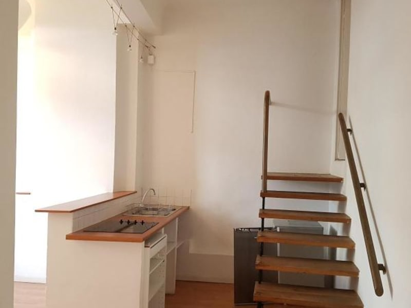 Rental apartment Aix en provence 807€ CC - Picture 3