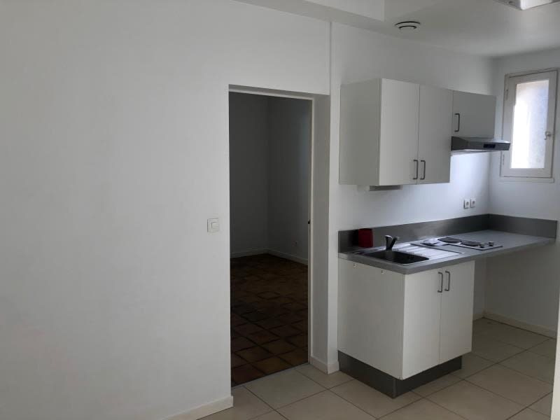 Rental apartment Gradignan 640€ CC - Picture 3