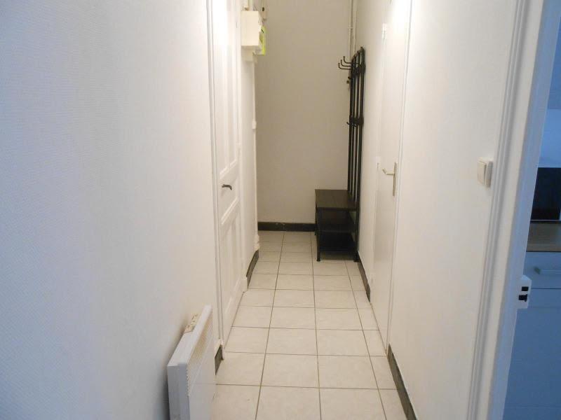 Location appartement Lyon 3ème 593€ CC - Photo 3