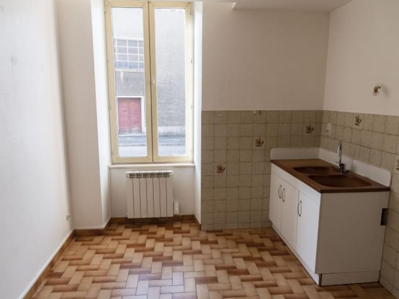 Rental apartment Oyonnax 453€ CC - Picture 3