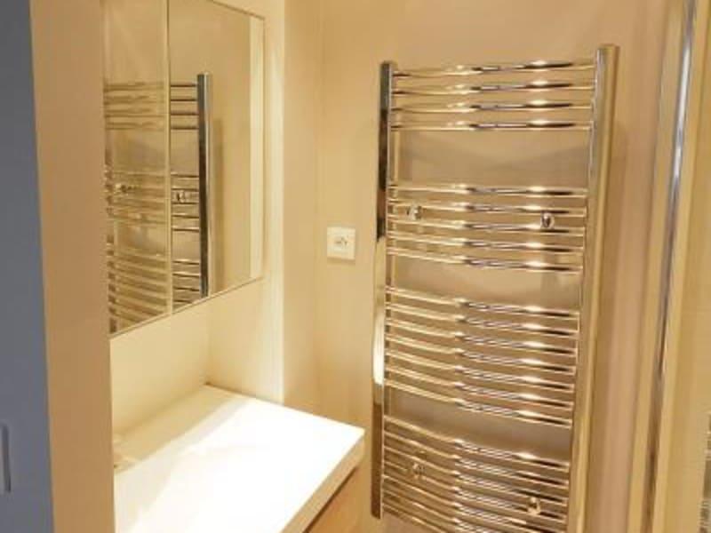 Rental apartment Lyon 3ème 849€ CC - Picture 6