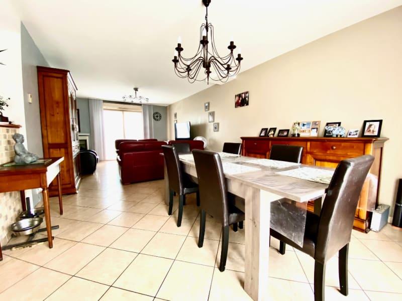 Revenda casa Briollay 265000€ - Fotografia 3