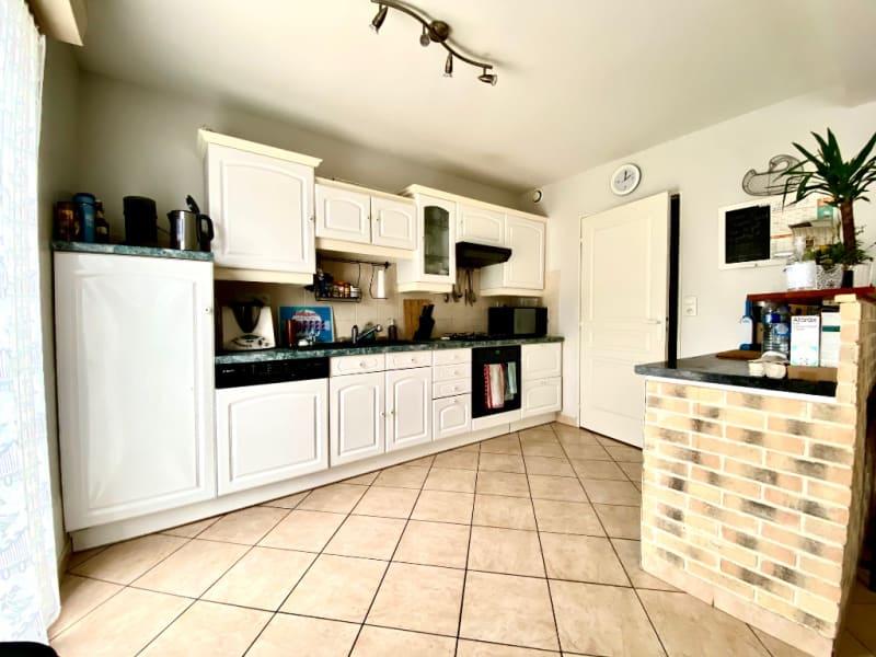 Revenda casa Briollay 265000€ - Fotografia 4