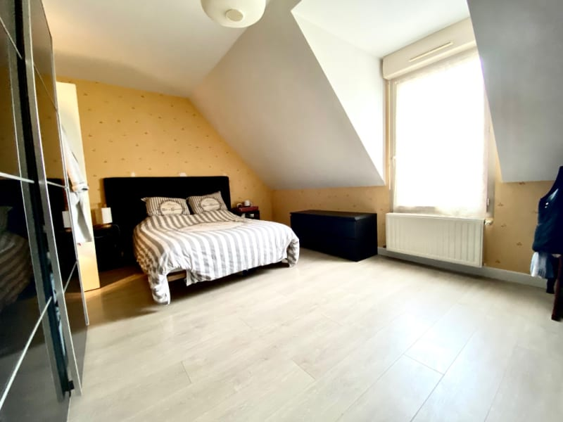 Revenda casa Briollay 265000€ - Fotografia 5