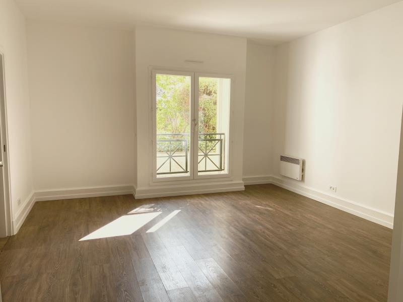 Rental apartment Versailles 1350€ CC - Picture 1