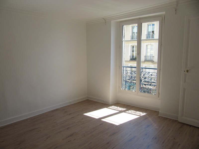 Rental apartment Versailles 955€ CC - Picture 2