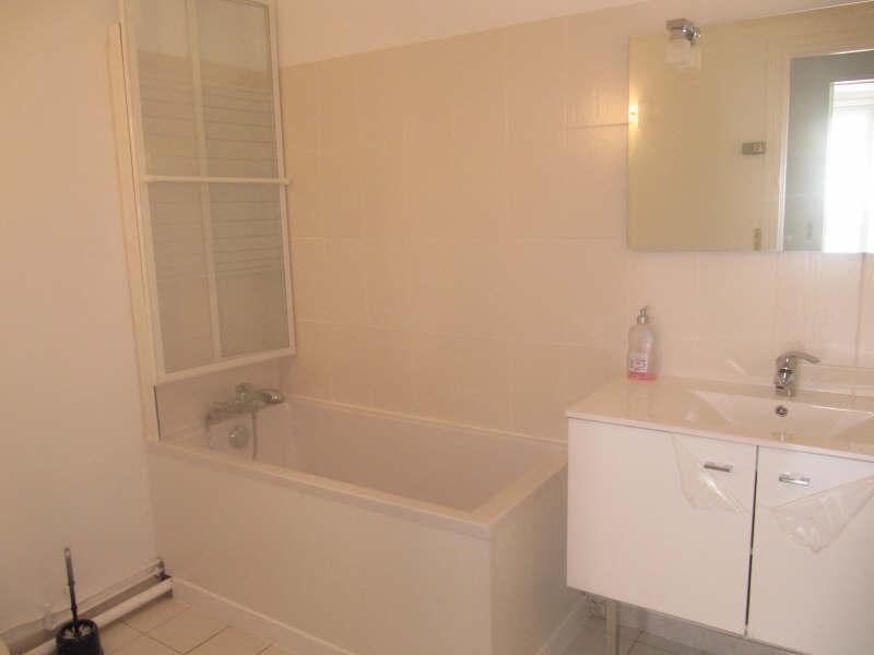 Rental apartment Versailles 955€ CC - Picture 4
