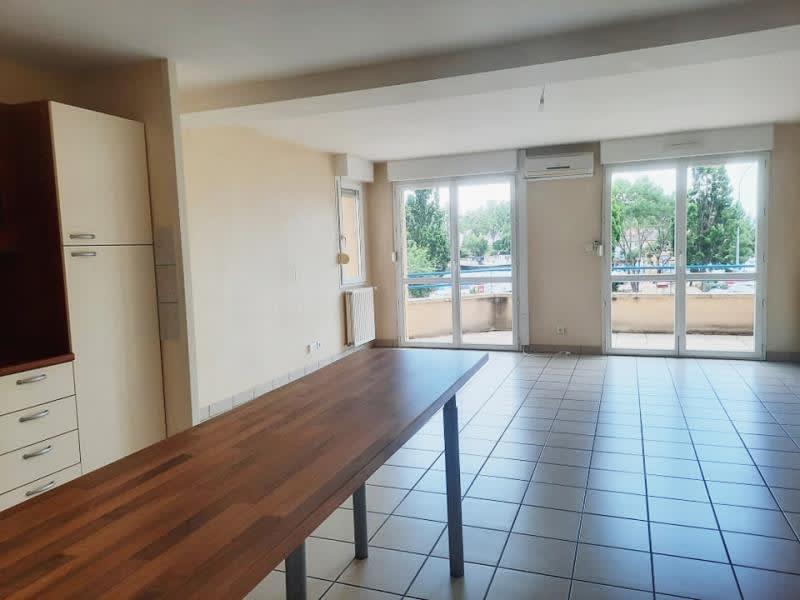 Rental apartment Roanne 640€ CC - Picture 2