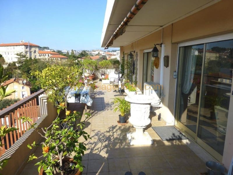 Rental apartment Cannes 1 750€ CC - Picture 2