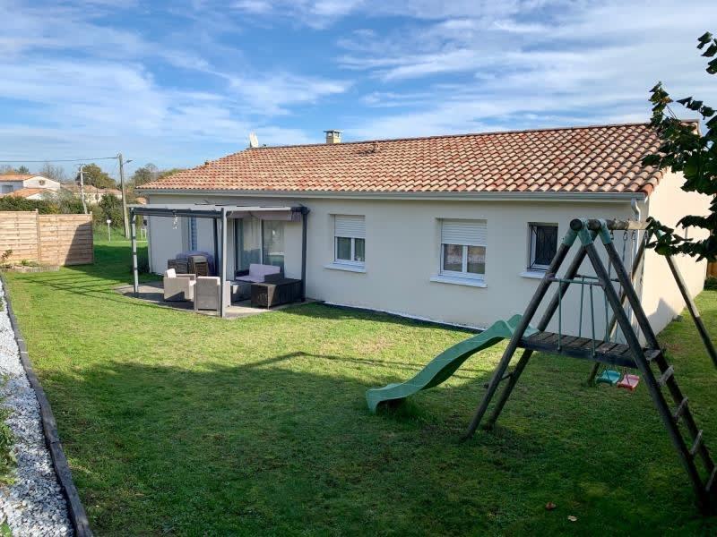 Sale house / villa Montussan 363000€ - Picture 1